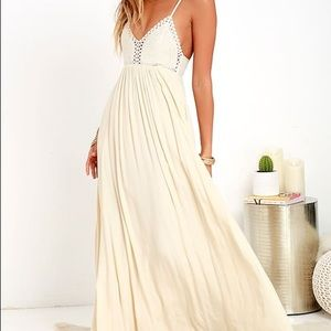 Lulus hippie chick maxi dress size med NWT